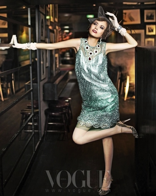 flappers-back-vogue-korea-7