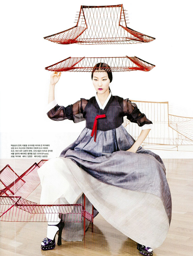 Vogue+Korea+fashion-into-art+4