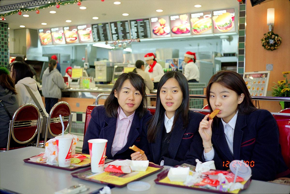 Nikki S. Lee_The Schoolgirls Project_cahierdeseoul_2