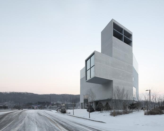 RW 콘크리트 교회 / Concrete Chapel 2013