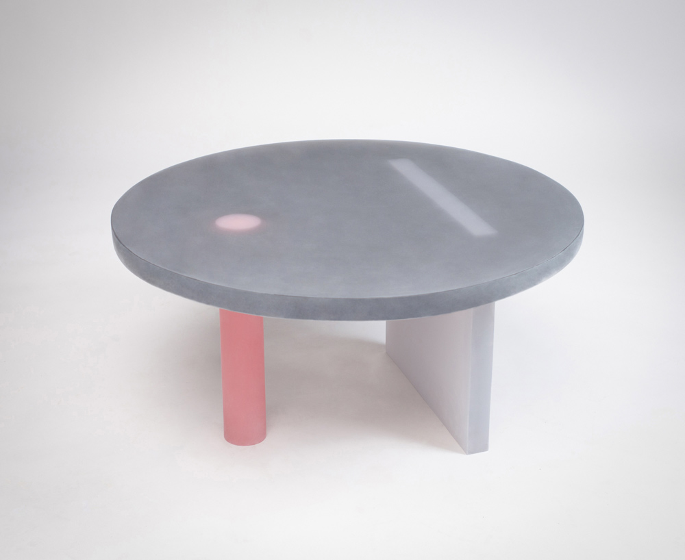 Haze-table-low-black©Wonmin-Park